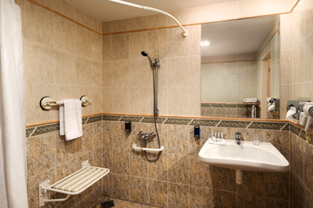 Hotel Ramada Prague City Centre**** - barrier-free bathroom