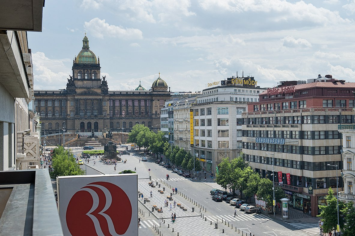 Hotel im stadtzentrum von prag wenzelsplatz for Hotels in prague centre